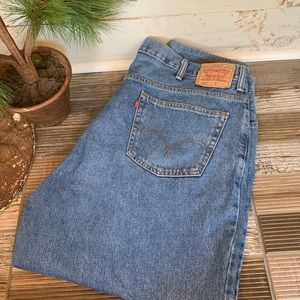 Levis 560 Jeans 46x29 Medium Blue Denim Comfort